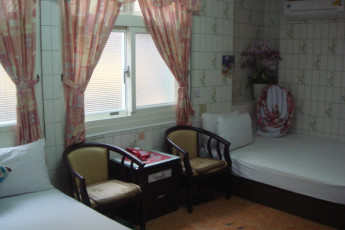 Miaoli City - Hsinhsin International YH : Twin room at the Miaoli City - Hsinhsin International YH Hostel in Taiwan