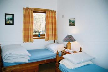 Carrbridge - Slochd Mhor Lodge : Twin room in the Carrbridge - Slochd Mhor Lodge Hostel in Scotland