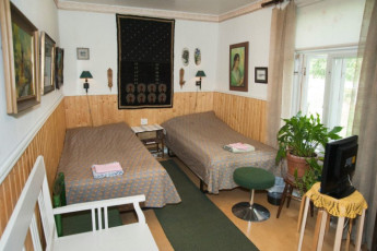 Kokemäki - Kartano Hostel : Twin room in the Kokemaki - Kartano Hostel in Finland