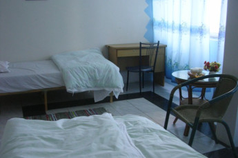 Haikou - Banana International YH : Twin Room at Haikou - Banana International Youth Hostel, China