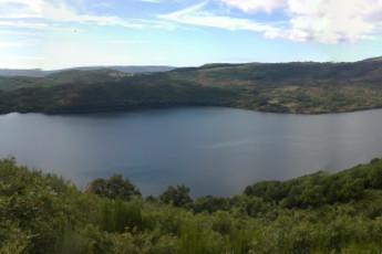 San Martin de Castaneda : San Martin de Castaneda lake view