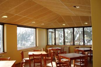 Nuria - Pic de L'Aliga : Nuria Pic de Aliga hall