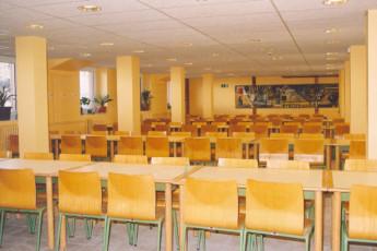 Nuria - Pic de L'Aliga : Nuria Pic of Aliga dining hall