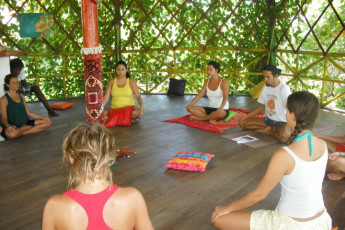Imbassaí - Eco Hostel Lujimba : People Meditating in Imbassai - Eco Hostel Lujimba