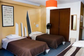 Guadalajara - Hostel Hospedarte Chapultepec : Twin Room in Guadalajara - Hostel Hospedarte Chapultepec, Mexico