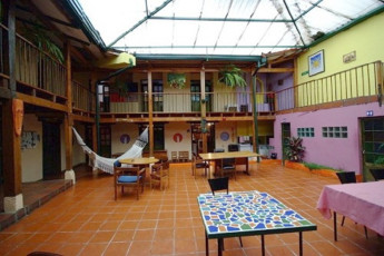 Bogota - Hostel Fatima : Courtyard in Bogota - Hostel Fatima, Colombia