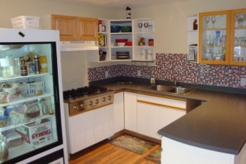 HI - Prince Rupert : Self catering kitchen in the HI - Prince Rupert Hostel in Canada