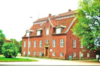 Halmstad/Kaptenshamn : Exterior View of Halmstad / Kaptenshamn Hostel, Sweden