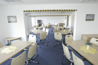 Sellin : TV, Conference and Meeting Room in Sellin Hostel, Germany