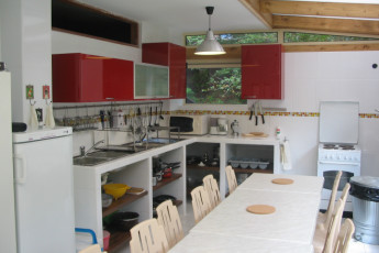 Le Mont-Dore : Kitchen at the Mont Dore hostel in France