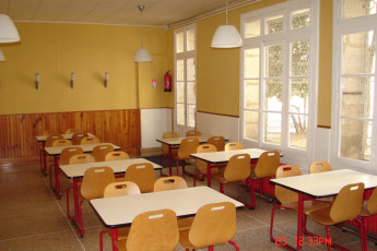 Auberge de jeunesse Hi Montpellier : Dining room of the Montpellier hostel in france