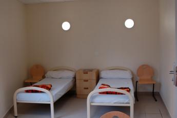 Troyes-Rosières : Twin room in tea Troyes-Rosieres hostel in France