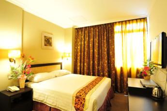 Melaka - Hallmark Hotel Leisure : Deluxe Double Bedroom in Melaka - Hallmark Hotel Leisure Hostel, Malaysia