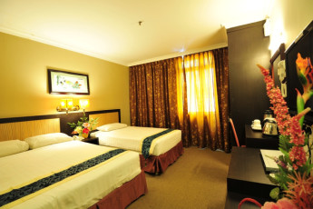 Melaka - Hallmark Hotel Leisure : Superior Suite in Melaka - Hallmark Hotel Leisure Hostel, Malaysia