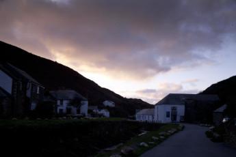YHA Boscastle : YHA Boscastle Sunset