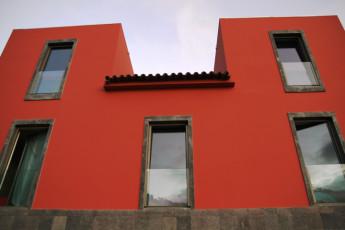 Azores - S.Jorge Island - Calheta : Exterior View of Guesthouse at Azores - S.Jorge Island - Calheta Hostel, Portugal