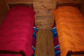 Chillán - Chil In : Twin Room in Chillan - Chil In Hostel, Chile