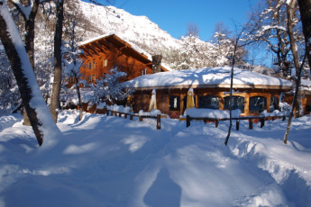 Chillán - Chil In : Exterior View of Chillan - Chil In Hostel, Chile During the Snow