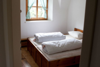 Imst/Tyrol - Romedihof Backpacker Hostel : Twin Room in Imst/Tyrol - Romedihof Backpacker Hostel, Austria