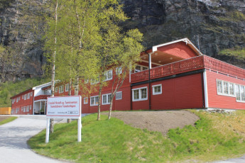 Sunndalsøra : Exterior View of Sunndalsora Hostel, Norway and Landscape