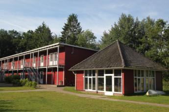 Bad Zwischenahn : Bad Zwischenahn hostel in Germany exterior two