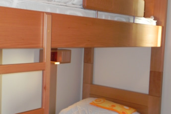 Zadar : Zadar hostel in Croatia beds