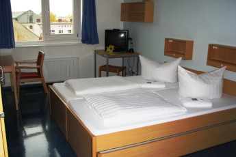 Magdeburg : Magdeburg hostel in Germany private double bedroom