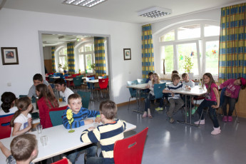 Hameln : Hameln hostel in Germany dining room
