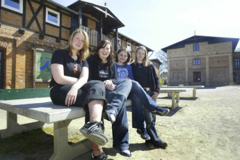 Dahmen : Dahmen hostel in Germany females outside
