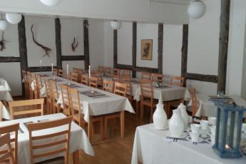 Jokkmokk/Åsgård : Jokkmokk Asgard hostel in Sweden dining room