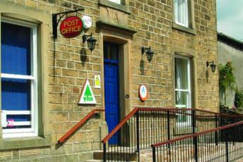 YHA Kettlewell : YHA Kettlewell hostel in England exterior