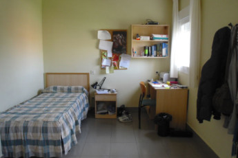 Soria - Juan A. Gaya Nuño : Soria John to Gaya Nuño hostel in Spain private single