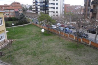 Soria - Juan A. Gaya Nuño : Soria Juan A Gaya Nuno hostel in Spain garden