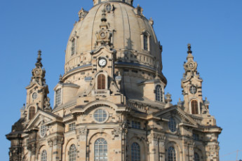Dresden JGH : Dresden JGH hostel in Germany cathedral