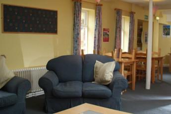 YHA Leominster : Leominster hostel in England dining