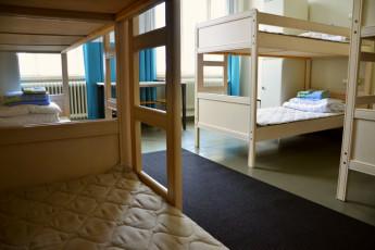 Helsinki - Hostel Suomenlinna : Helsinki dorm view
