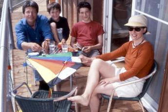 Wangerooge : Wangerooge Hostel guests on terrace