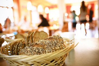 Oberstdorf - Kornau : Oberstdorf - Kornau Hostel bread basket at breakfast buffet