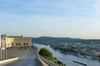 Koblenz : Koblenz hostel building and river