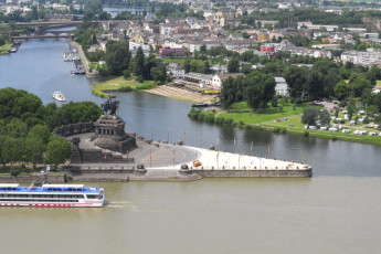 Koblenz : Koblenz Hostel view of city and river