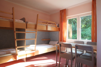 Jever : Jever Hostel dorm room