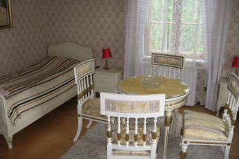 Rautalampi - Korholan Kartano : Room in the Rautalampi - Korholan Kartano Hostel in Finland