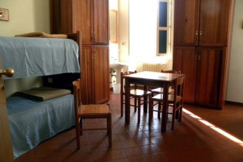 Lucca - San Frediano : Twin Room in Lucca - San Frediano, Italy