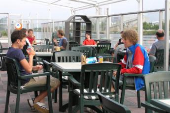 Brugge Dudzele Herdersbrug : Terrace at the Brugge Dudzele Herdersbrug hostel in Belgium