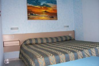 Palermo - Baia del Corallo : Double Bedroom in Palermo - Coral Bay, Italy