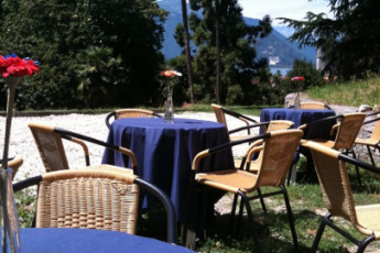Verbania YH - (Lake Maggiore) : Vista exterior de Verbania Youth Hostel - (Lago Maggiore), Italia