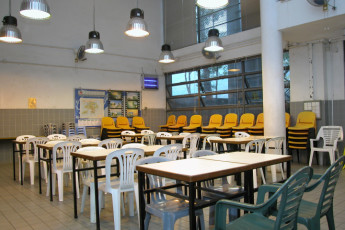 YHA Hong Kong - Bradbury Jockey Club : Küchenbereich im Youth Hostel Association Hong Kong - Bradbury Jockey Club, Hong Kong