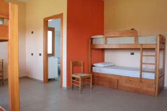 Sperlonga : Dorm Room in Sperlonga Hostel, Italy