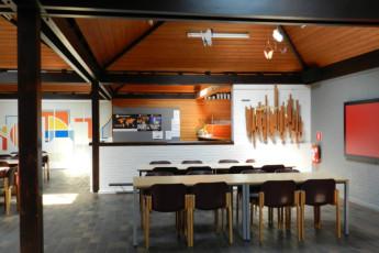 Bokrijk/Genk : Dining room of the Bokrijk/Genk hostel in Belgium
