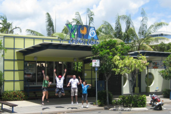 Cairns - Cairns Central YHA : Staff outside the Cairns - Cairns Central hostel in Australia